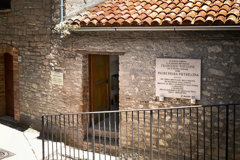 La Maison où est né Padre Pio est à Pietrelcina (Italie)