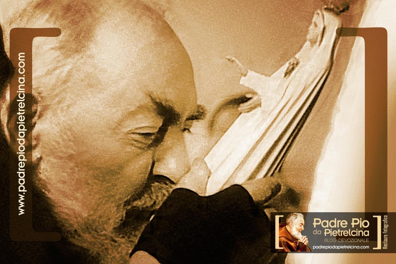 Padre Pio - Amour et Dévotion pour la Vierge Marie