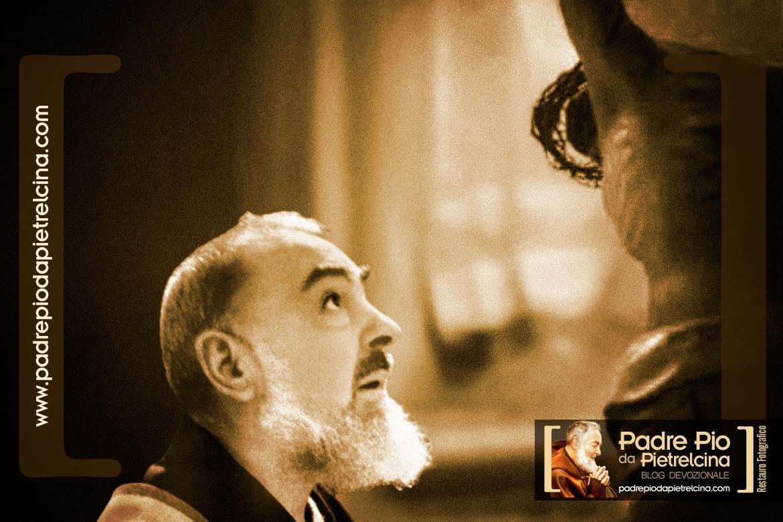Padre Pio - Il mistero della croce