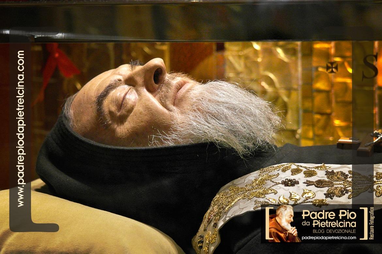 Tomba di padre pio. dove è sepolto il corpo di San Pio